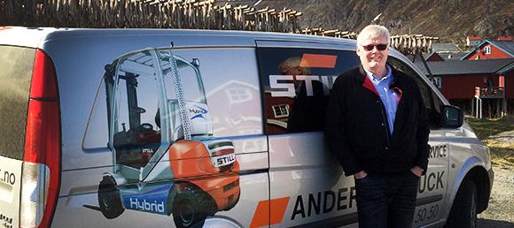 Ettermarkedssjef Morten Hansen på tur til Lofoten